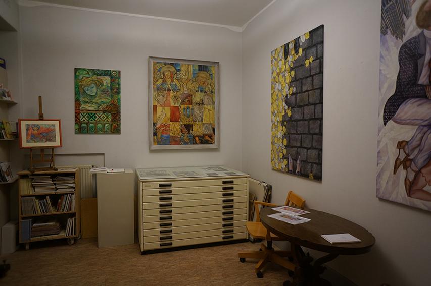 """Ausstellungseinsicht """"Like Mother Like Son. Oleg Neischtadt"""", 2017"""